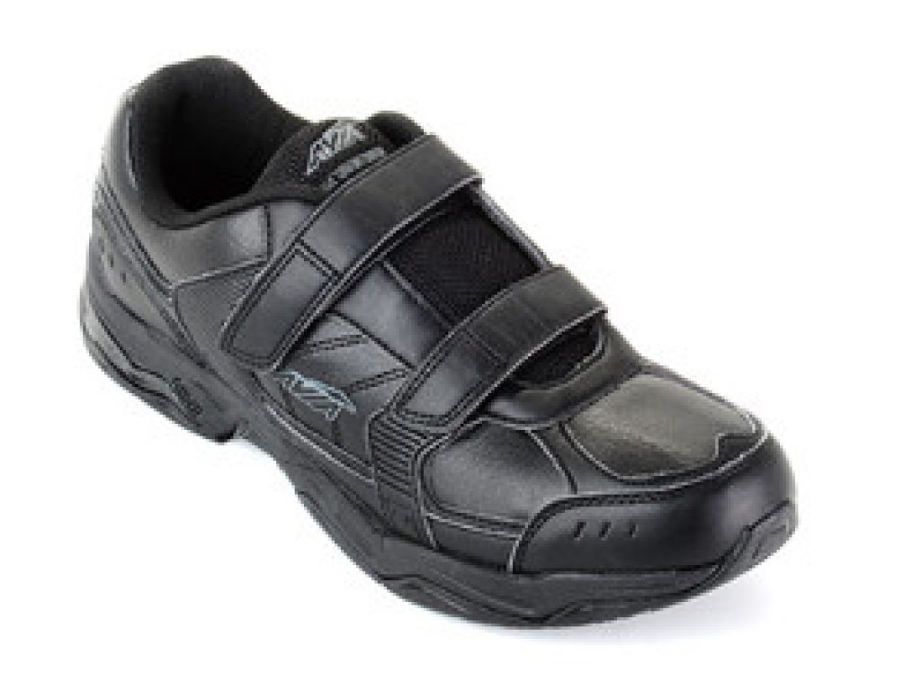 Best Athelic Shoe For Walking On Feet All Day