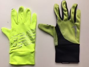 visible running gloves
